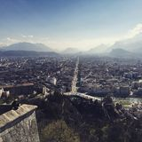 Grenoble stadssikt Arkivbild