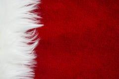 Grens van wit bont over feestelijk rood brokaat Veel exemplaar-ruimte De Kerstman _2 royalty-vrije stock afbeelding