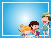 Grensmalplaatje met drie meisjes die boek lezen Royalty-vrije Stock Afbeelding