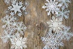 Grenze von Weihnachtsschneeflocken Stockbilder
