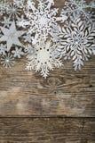 Grenze von Weihnachtsschneeflocken Lizenzfreie Stockbilder