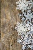 Grenze von Weihnachtsschneeflocken Stockfotografie
