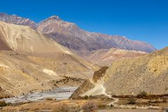 Grenze zwischen dem untereren und oberen Mustang lizenzfreies stockfoto