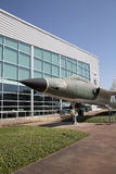Grenzen des Flug-Museums außerhalb der Ansicht in Dallas lizenzfreie stockfotografie