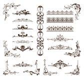 Grenzen van ontwerp de uitstekende ornamenten, kaders, hoeken Stock Afbeeldingen