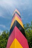 Grenzpfeiler markiert die deutsche Grenze Stockbild