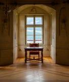 GRESSONEY ITALIEN - Januari 6th: Inre av slotten Savoia Arkivfoto