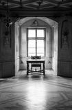 GRESSONEY ITALIEN - Januari 6th: Inre av slotten Savoia Royaltyfri Bild