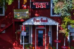 Greunkes gästgivargård på Bayfield, Wisconsin fotografering för bildbyråer