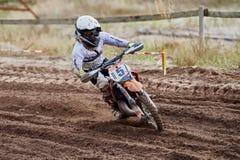 GREVENBROICH, ALLEMAGNE - 1ER OCTOBRE 2016 : Combats non identifiés d'un cavalier de motocross pour la qualification Photos libres de droits