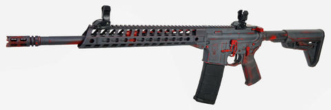 Grey afflitto AR15 con la base rossa e comandi con un 30rd MAG Fotografia Stock