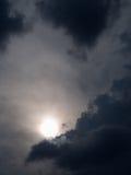 Grey Cloud e The Sun Fotografia Stock Libera da Diritti