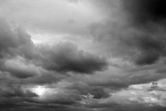 Grey clouds. Grey fluffy clouds in sky Royalty Free Stock Photos