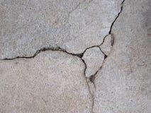 Grey Concrete avec des fissures Photos libres de droits