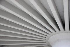 Grey Concrete Construction para el envase redondo del agua Fotografía de archivo