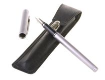 Free Grey Fountain Pen With Leather Case Royalty Free Stock Image - 13072056