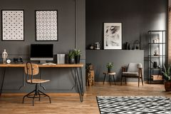 Free Grey Open Space Interior Stock Photography - 123894562