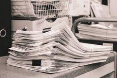 Grey Pile de papeles Fotografía de archivo
