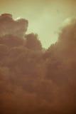 Grey Storm Clouds Filtered escuro Foto de Stock