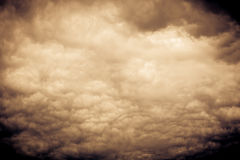 Grey Storm Clouds Filtered sinistre Photos stock