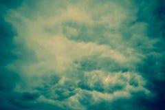 Grey Storm Clouds Filtered sinistre Images libres de droits