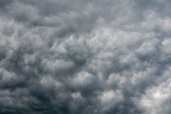 Grey Storm Clouds sinistre photo stock