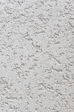 Grey Wall Stucco Texture claro, Gray Coarse Rustic Textured Background natural detalhado, espaço concreto vertical da cópia Imagens de Stock Royalty Free