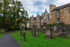 Greyfriars Kirkyard在爱丁堡,苏格兰,英国 库存照片