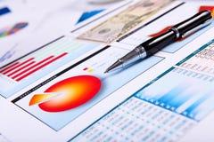 Gráficos, cartas, tabela do negócio. Fotografia de Stock Royalty Free