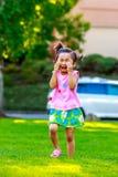 Gridare adorabile della bambina Fotografia Stock Libera da Diritti