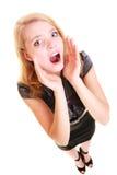 Gridare biondo di buisnesswoman della donna isolato Immagini Stock