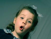 Gridare della ragazza Fotografia Stock