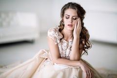 Gridare della sposa fotografia stock libera da diritti