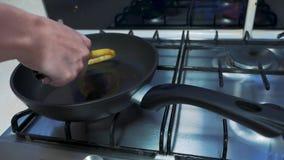 Griddle z gorącym olejem zbiory wideo