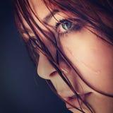 Grido della ragazza di bellezza Fotografie Stock