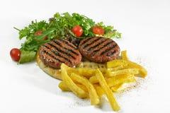 Grieche gegrillte Fleischklöschenburger-Sandwichungesunde fertigkost lizenzfreies stockbild