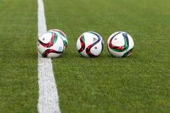 Grieche Superleague-Ball auf dem Feld Stockbilder