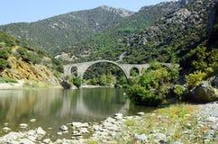 Griechenland, alte Brücke Lizenzfreie Stockfotos