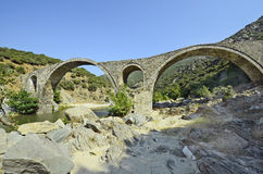 Griechenland, alte Brücke Stockbilder