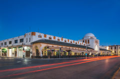 Griechenland, Rhodos - 13. Juli das Gebäude vom neuen Markt der frühe Morgen am 13. Juli 2014 in Rhodos, Griechenland Lizenzfreies Stockbild