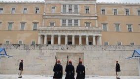Griecheschutz am Parlament stock video footage