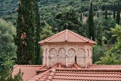 Griechisch-orthodoxe Kirche, Agia Lavra Monastery, Peloponnes, Griechenland lizenzfreies stockbild