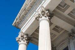 Griechische Architekturspalten lizenzfreie stockbilder