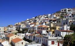 Griechische Häuser in Ioulis, Kapital von Kea Insel lizenzfreies stockfoto