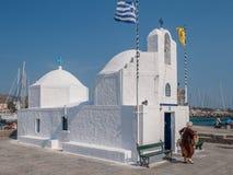 Griechische Kapelle bei Aegina Lizenzfreie Stockfotos