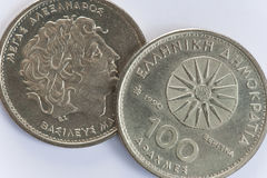 100 griechische Münzen der Drachme mit Alexander der Große Lizenzfreie Stockfotografie