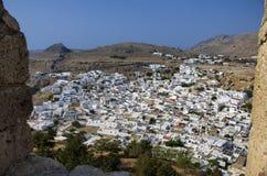 Griechische Stadt des schönen Panoramablicks von Lindos Lizenzfreie Stockbilder