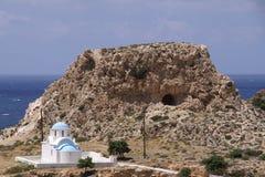 Griechische weiße Kapelle Stockfotos
