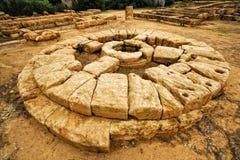 Griechischer Altar stockbild