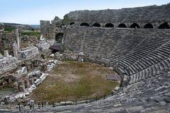 Griechischer Amphitheatre in der Seite, die Türkei Lizenzfreie Stockfotografie